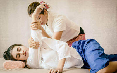 105-Minute Body Meridian Shiatsu Therapy for 1 Person