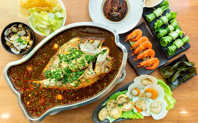 Premium Abalone and Seafood Hotpot Meal for 5 People