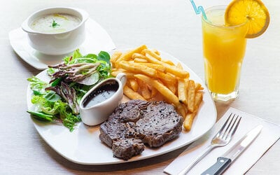Steak / Salmon / Lamb Chop / Prawn Meal with Soup and Drink for 1 Person