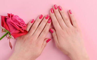 Classic Manicure for 1 Person