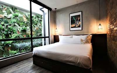 Malacca: 2D1N Stay in Standard Queen Room with Breakfast for 2 People