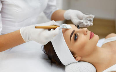 1.5-Hour Signature Tremella Facial with Light Therapy for 1 Person