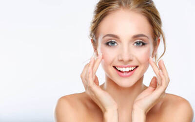 2.5-Hour Rejuvenating Fruit Facial Treatment and Shoulder Massage for 1 Person