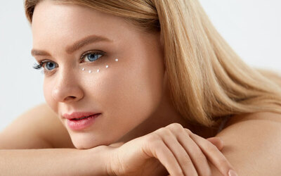 45-Minute Eye Ampoule Treatment with Hydrating Facial for 1 person