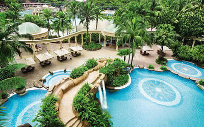 Sunway: 2D1N Stay in Premier Park Room with Breakfast + Sunway Lagoon 1-Day Admission for 2 People