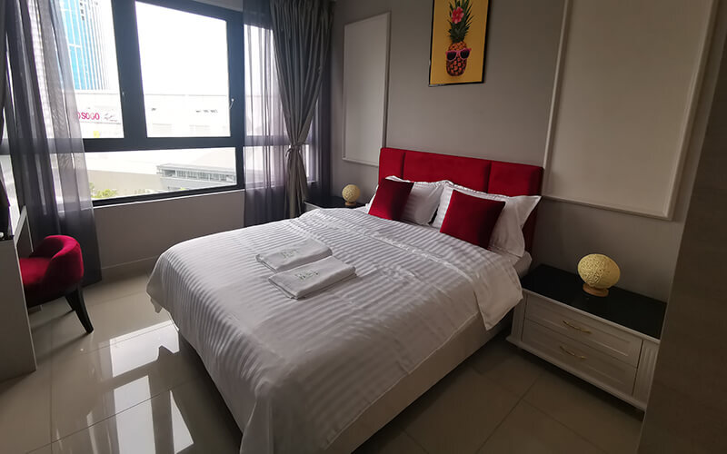 i-City: 2D1N Stay in One Bedroom Suite at i-Suite for 2 People