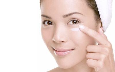 1.5-Hour Essential Spa Facial for 1 Person