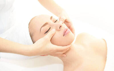 [19.19] (August) 1.5-Hour Hydra Collagen Facial for 1 Person
