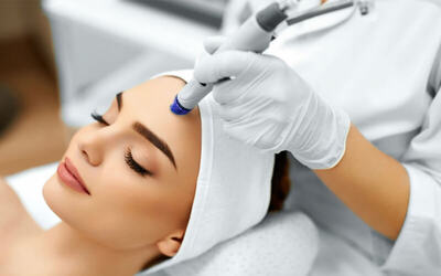 2x Diamond Microdermabration + Free 1x Facial & Face Massage