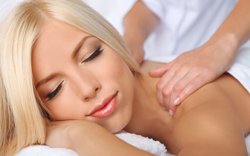 2-Hour Full Body Lymphatic Massage with Body Mask and Treatment for 1 Person