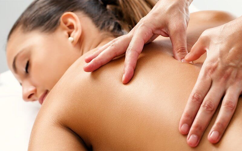 Full Body Massage with Body Scrub for 1 Person