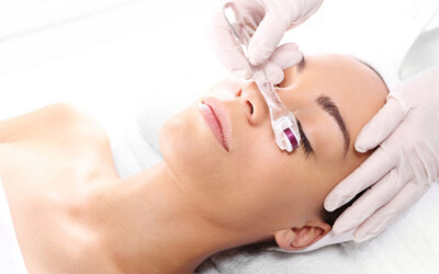 BB Glow + Facial + Hydrating Mask + Micro Needle Therapy System