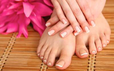 Gel Mani-Pedi with Foot Scrub for 1 Person
