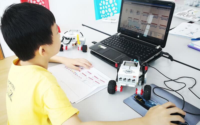 2-Hour Robotic and Programming Class for 2 Person