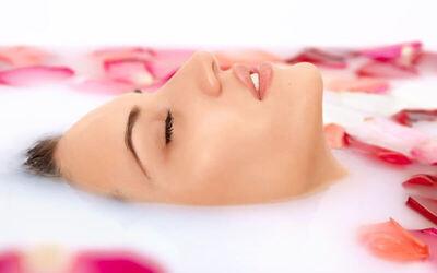 Full Body Massage + Body Scrub Whitening + Totok Wajah + Ratus + Milkbath