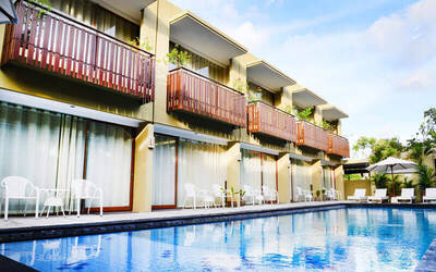 Seminyak: 3D2N Stay in Family Suite with Breakfast for 4 People