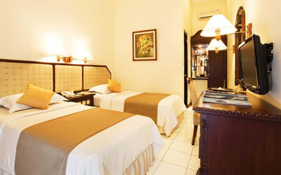 Magelang: 4D3N in Superior Small Room + Breakfast