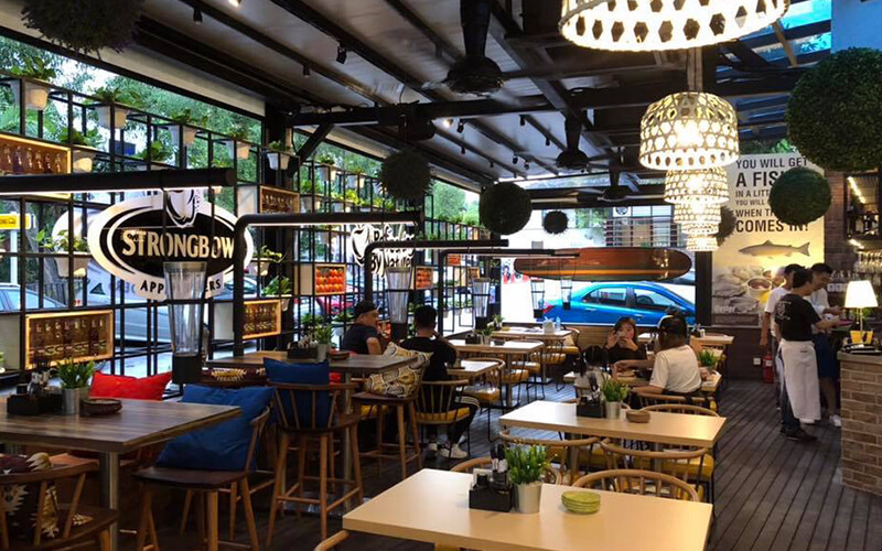 Long Beach Bistro & Bar featured image.