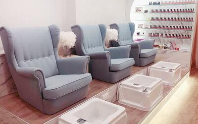 Gel Manicure and Classic Pedicure with Return Soak-Off for 1 Person (2 Sessions)