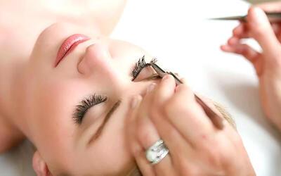 Remove Eyelash