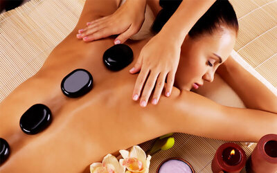 1-Hour Full Body Warm Oil Hot Stone Massage for 1 Person