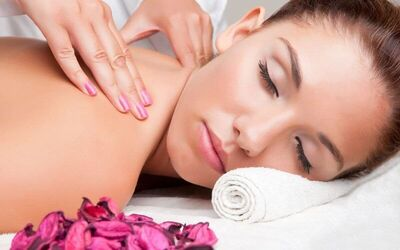 1-Hour Traditional Full Body Massage for 1 Person
