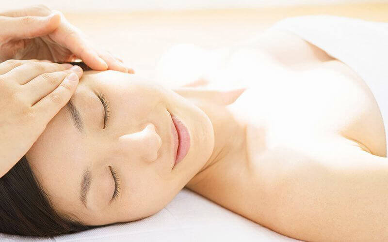 1.5-Hour Hydro Skin Balancing Facial Treatment for 1 Person