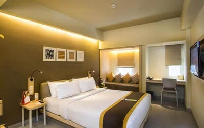 Legian: 6D5N in Superior Room + Breakfast + Return airport transfer + 1x Afternoon Tea