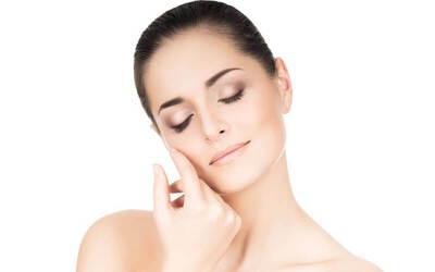 BB Glow + Blackhead Extraction (Komedo Peel) + Simple Facial Massage + Nano Needle BB Glow