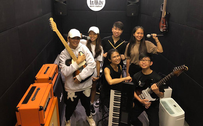 3-Hour Band Jamming Session for 2 - 5 People (Off-Peak)