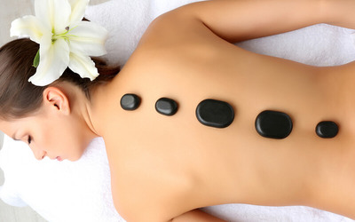 Hot Stone Full Body Massage Package + Foot Bath & Shower (120 Minutes)