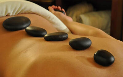 Hot Stone Package (110 Minutes)