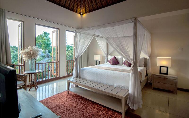 Kuta: 4D3N in 2 Bedroom Private Pool Villa + Breakfast (for 4)