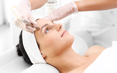1x Facial + Microdermabration + Face Massage