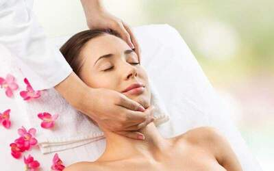 2-Hour Oxygen Spa Anti-Acne Facial with Free Collagen Eye Mask for 1 Person (Existing Customers)