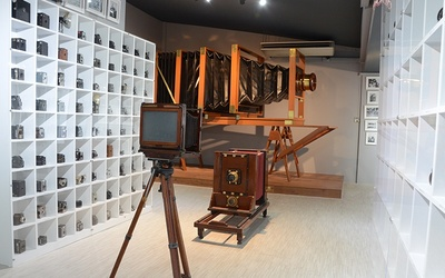 (Sat – Sun, and PH) Admission To Vintage Camera's Museum for 1 Person