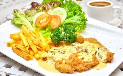 Chicken Chop Meal with Mushroom Soup + Free-Flow Coffee for 1 Person