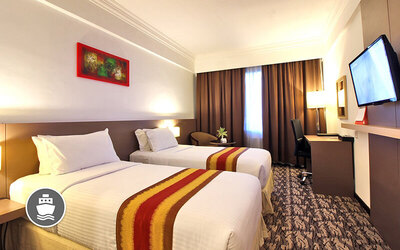 Batam: 2D1N Stay in Superior Room with Return Ferry Transfer for 1 Person