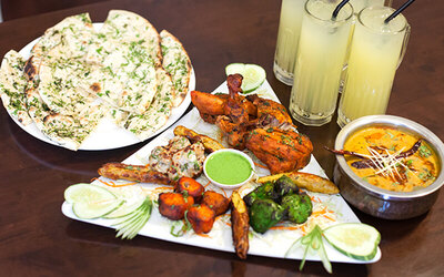 Tandoori Mix Platter with Chicken and Fish + Drinks for 4 People