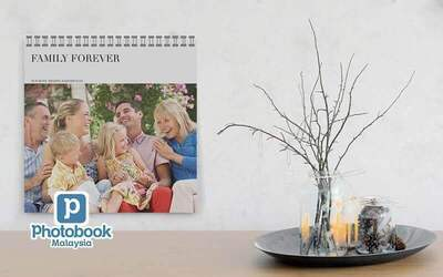 "Five (5) Identical 12"" x 12"" Personalised Wall Calendar"