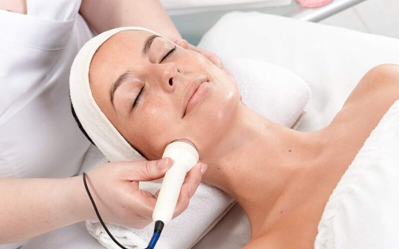 Facial + RF Chubby Treatment + Light