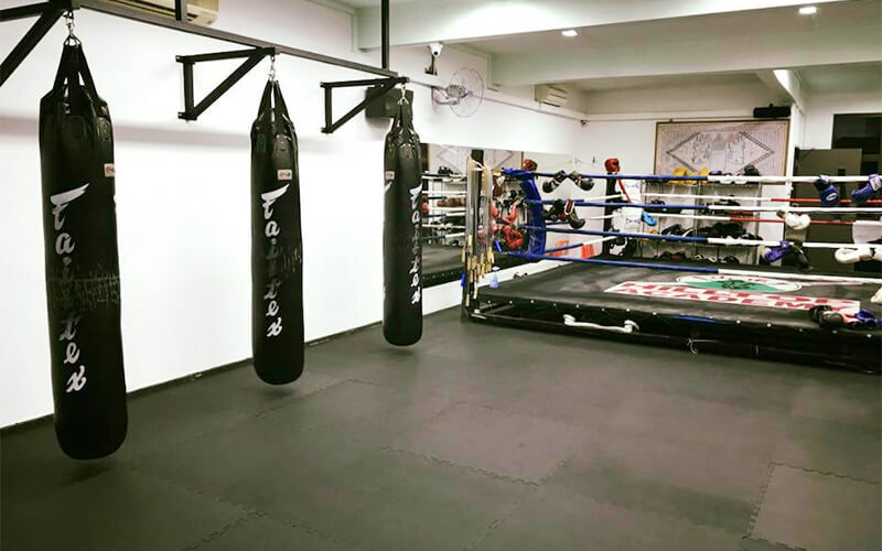 1 5-Hour Muay Thai Class for 1 Person (4 Sessions)