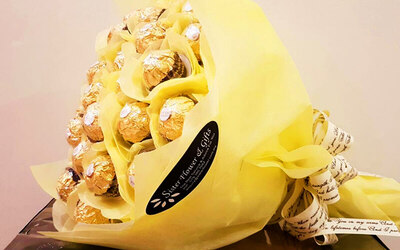 12-Stalk Ferrero Rocher Chocolate Bouquet with Wrapping