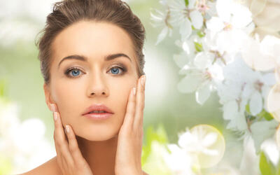 V-Lifting Face Gua Sha Therapy with Free Eyebrow Shaping for 1 Person (2 Sessions)