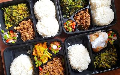 Nasi Box Menu Khas Manado Untuk 10 Orang