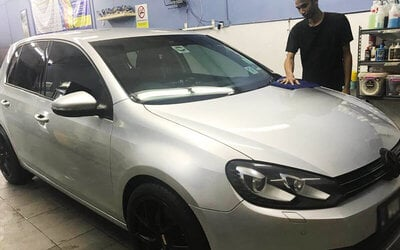 17-Step Auto Detailing with Osren Polishing and Nano Mist Treatment for 1 Car