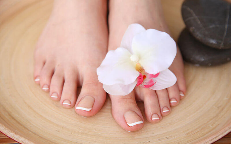 Gel Pedicure with Return Soak-Off + Foot Soak for 1 Person (1 Session)