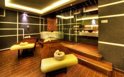 (Weekday) 2-Hour Full Body Balinese Massage + Japanese Sauna for 1 Person