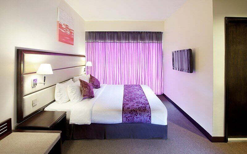 Johor: 3D2N Stay in Deluxe Room with Breakfast for 2 People