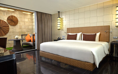 Tanjung Benoa: 2D1N Lower Ground Studio Suite + Breakfast